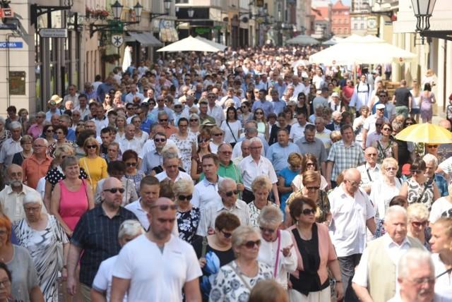 Toruń znów traci mieszkańców. Jest nas coraz mniej! Ile osób mieszka w Toruniu? Oto najnowsze dane