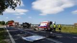 Zderzenie samochodu ciężarowego i dostawczego na dawnej DK6 w Ramlewie (gm. Gościno)