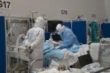 Spada liczba nowych zakażeń koronawirusem. W szpitalach zwalniają się łóżka