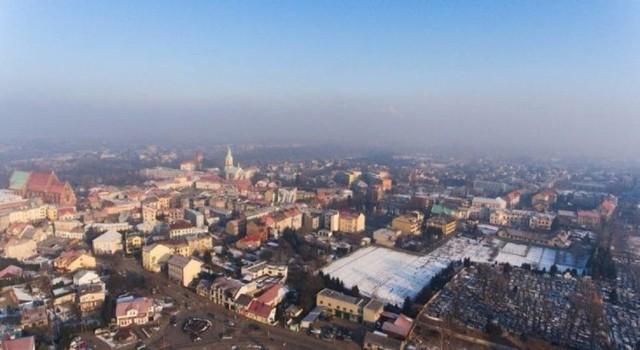 Smog nad Oświęcimiem to stały element krajobrazu przez większość sezonu grzewczego