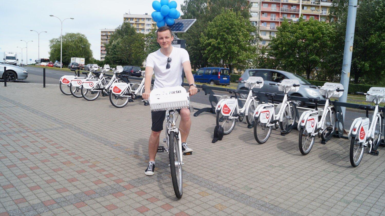 26551a1675dfff Ruszają rowery miejskie. Sprawdziliśmy, jak działa system [FOTO ...