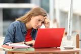 Co trzeci uczeń przeżywa obecnie trudne emocje. Młodzi ludzie siedzą w domach i tracą motywację do wszystkiego. Wyjdą z pandemicznego dołka?