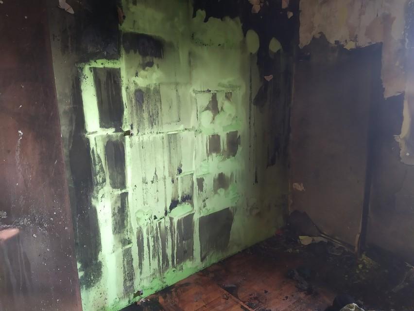 Pilnie potrzebna pomoc dla rodziny z Brzeźnicy! W niedzielę ogień strawił ich dom