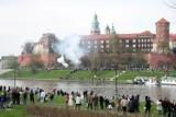 Kraków. Uroczysta salwa pod Wawelem. Flisacy będą świętować odzyskanie niepodległości