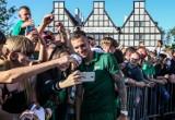 Lechia Gdańsk zaprezentowała się kibicom. Biało-zieloni pokazali się z Superpucharem [zdjęcia]