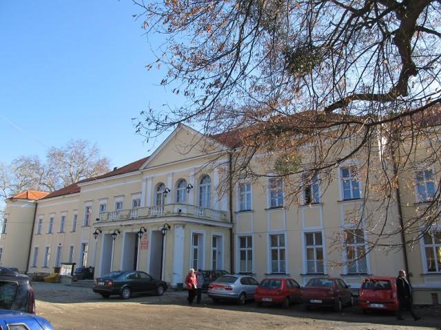 Teatr Brzeg Dolny: przedstawienie współorganizuje Dolnobrzeski Ośrodek Kultury
