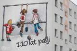 Mural na 110-lecie Widzewa powstał na Radogoszczu. Boniek, Citko, Smolarek na ścianie bloku