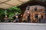 Koncert zespołu Funky Bank w wolsztyńskim parku