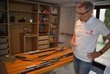 Z miłości do kolei się nie wyrasta... Grzegorz Jenerowicz od lat pasjonuje się tą dziedziną. Marzy o zbudowaniu kolejowej makiety