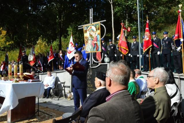 W ostatnią niedzielę września w Zawadce, jak co roku, zostanie odprawiona msza św. przy pomniku ofiar pacyfikacji tej miejscowości z 1944 roku