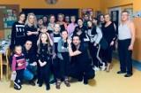 Hel: podwójne urodziny trenera tańca. Daniel Choiński, Studio Tańca Dance Flow, obchodził 33 urodziny. Sprawił, że półwysep tańczy!| ZDJĘCIA