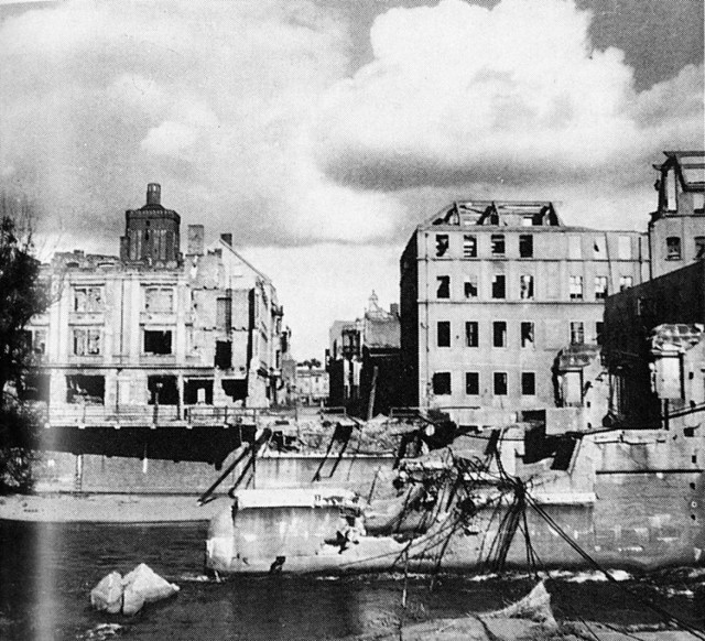 Zniszczony Gubin. Tak wyglądało miasto po zakończeniu II wojny światowej.