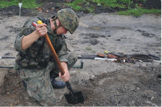 """16 Batalion Saperów z Niska zaprasza 10 sierpnia na akcję """"Zostać Żołnierzem Rzeczypospolitej"""". Na jeden dzień będzie można zostać żołnierzem."""
