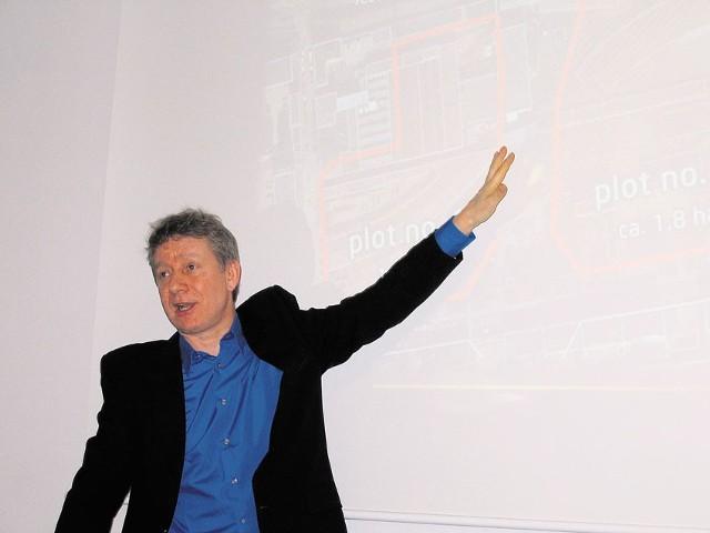 Marek Żydowicz w październiku prezentował na posiedzeniu komisji rozwoju i działalności gospodarczej Rady Miejskiej wyliczenia dotyczące opłacalności inwestycji w Camerimage Łódź Center.