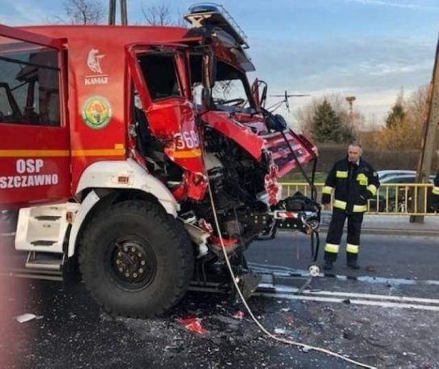 W prokuraturze wszczęto postępowanie o wyłudzenie w sprawie ubezpieczenia pojazdu OSP Szczawno, który został rozbity w wypadku w Gronowie ponad rok temu.