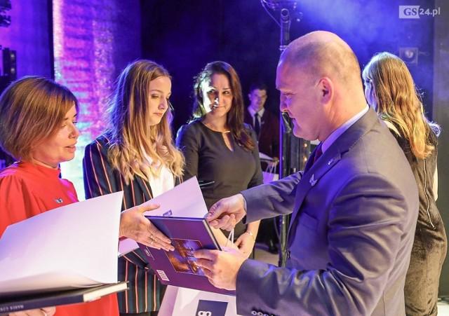 W Teatrze Lalek Pleciuga odbyła się IX Gala Obywatelska, podczas której wyróżniono organizacje pozarządowe i wolontariuszy działających w Szczecinie.