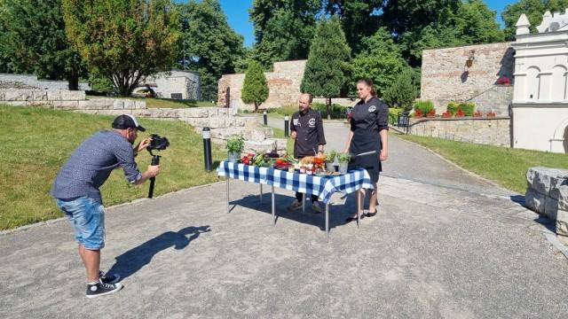 Ekipa ATK Vintage podczas pracy nad kolejnymi odcinkami cyklu promującego walory kulinarne i turystyczne Przemyśla.