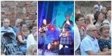Dziś Dzień Świętego Patryka. Pamiętacie jeszcze koncert muzyki irlandzkiej w Głogowie? Tak grali w ruinach kościoła