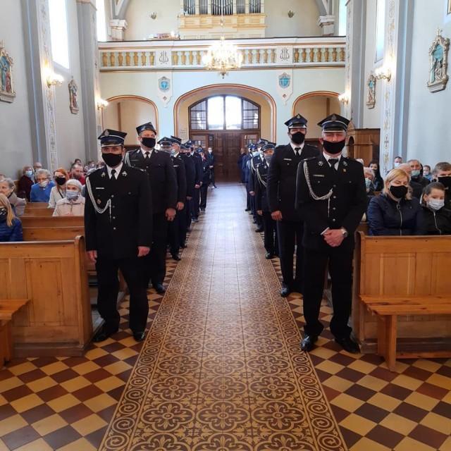 Strażacy z OSP Grocholice uczcili Dzień Strażaka 2021