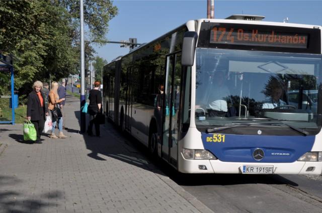 Autobusy 174 jadą przez Nowohucką nawet 50 minut