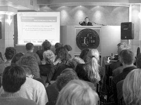 Spotkania z nauką w WSB cieszą się coraz większą popularnością.