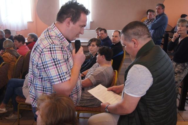 Powiat radomszczański: Protest mieszkańców Lgoty Wielkiej przeciwko zbieraniu odpadów