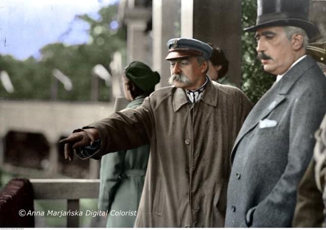 VII Oficjalne Międzynarodowe Zawody Konne w Warszawie. Marszałek Józef Piłsudski z Januszem Radziwiłłem. 1934.
