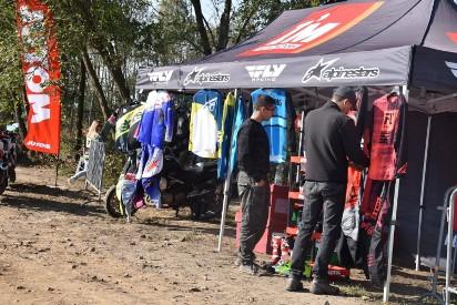 Gmina Nekla: Duże zainteresowanie zawodami motocrossowymi na torze w Opatówku [FOTO]