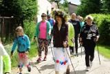 Marsz nordic walking w gminie Bełchatów. Impreza była niesamowita! Przy okazji pomagano Wiktorkowi