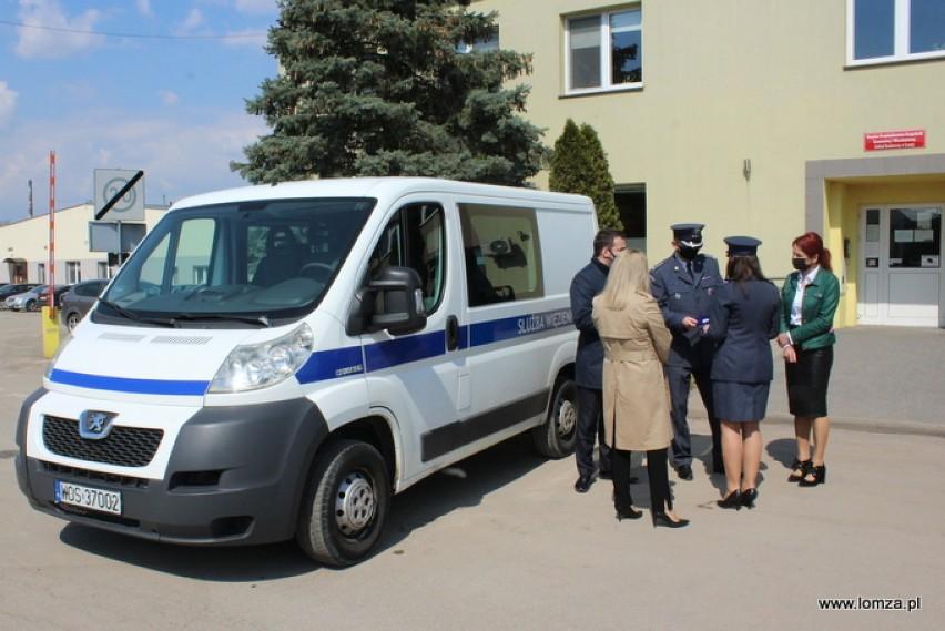 Nieużytkowane auta służby więziennej będą służyć innym [zdjęcia]
