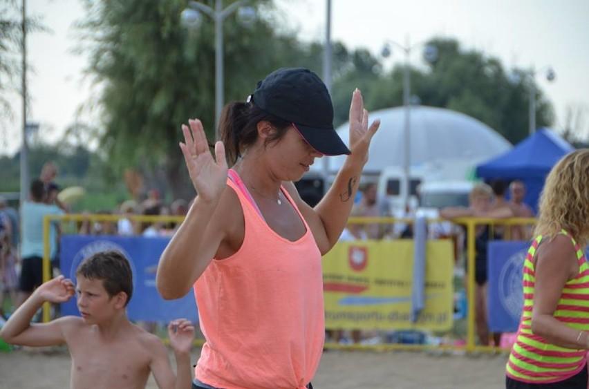 Aerobik na plaży. VIII Święto Jeziora w Zbąszyniu - 4 sierpnia (sobota)