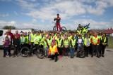 Cykliści z Kobylina zwiedzali ciekawe miejsca w gminie