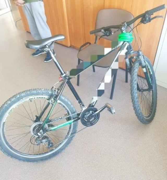Policjanci odzyskali skradziony rower.