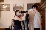 Casting w Kielcach. W Wojewódzkim Domu Kultury szukali statystów do filmu historycznego