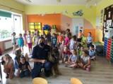Dzielnicowy z Gardei na spotkaniu z przedszkolakami