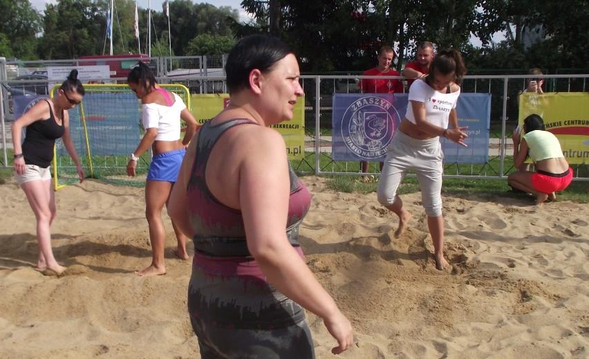 V Święto Jeziora w Zbąszyniu. Plażowa Zumba dla dzieci