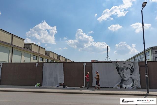 W Siemianowicach Sląskich powstaje mural historyczny