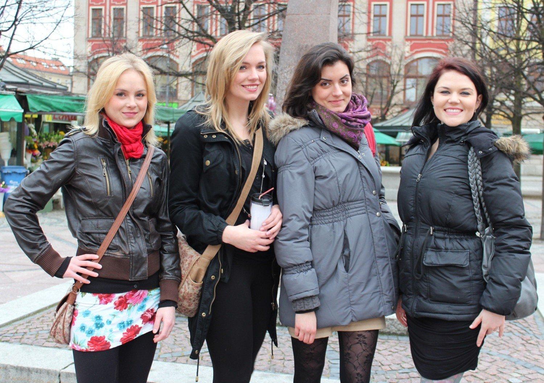 7b6f57314 Dziewczyny z Wrocławia pomogą VIP-om na Euro - NaszeMiasto.pl
