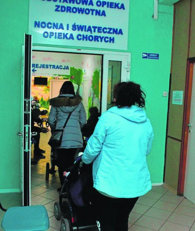 Powiat nowodworski. Od niedzieli, 1 października, nocnej i świątecznej pomocy udzielać będą mieszkańcom Pomorza przede wszystkim szpitale. Zmiany wprowadził Narodowy Fundusz Zdrowia.