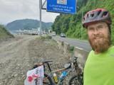 Z Rzeszowa do Gruzji dojechał na rowerze! Bartosz Motyka zakończył właśnie swoją samotną wyprawę. Dojechał w niespełna miesiąc