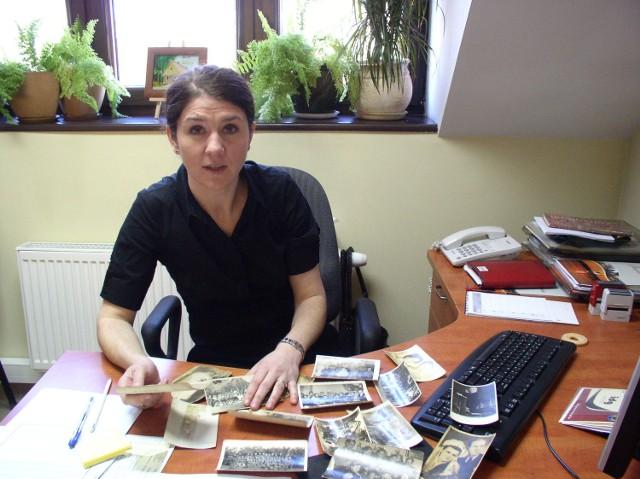Gminny Ośrodek Kultury rozpoczął dokumentowanie historii Swornegaci. Na zdjęciu Justyna Rząska