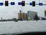 Po kolejnym ataku zimy na ulicach Białegostoku ślisko, jak na lodowisku. Były już kary dla firm i co z tego wynikło? (zdjęcia)