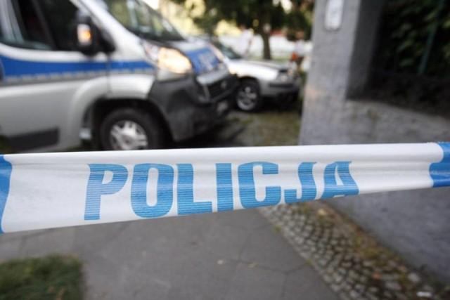 63-lata z Polkowic podejrzana o uszkodzenie samochodu znajomego