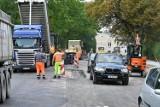 Remont ulicy Wojska Polskiego w Kielcach miał się zakończyć wraz z wakacjami. Jest przedłużony. Do kiedy? [ZDJĘCIA]