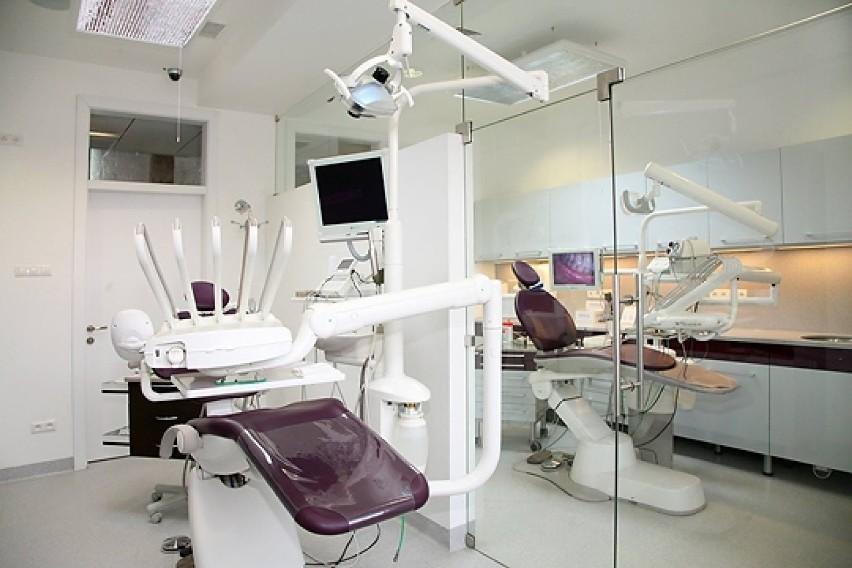 Dbaj o zęby, a jeśli już niektórych z nich nie ma – implant przyjdzie z pomocą!