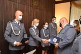Awanse i wyróżnienia podczas policyjnego święta w chodzieskiej komendzie
