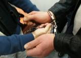 Elbląg: 38-latek wpadł z narkotykami. Był poszukiwany też za inne przestępstwa. Z więzienia szybko nie wyjdzie...