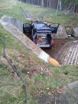 Wypadek na autostradzie A4. Lądował LPR. Samochód osobowy wpadł do rowu