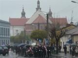 Rocznica uchwalenia Konstytucji 3 Maja. 7 lat temu w Łasku też było deszczowo [zdjęcia]