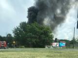 Dym nad Katowicami [ZDJĘCIA] To pożar pustostanu, trwa akcja gaśnicza